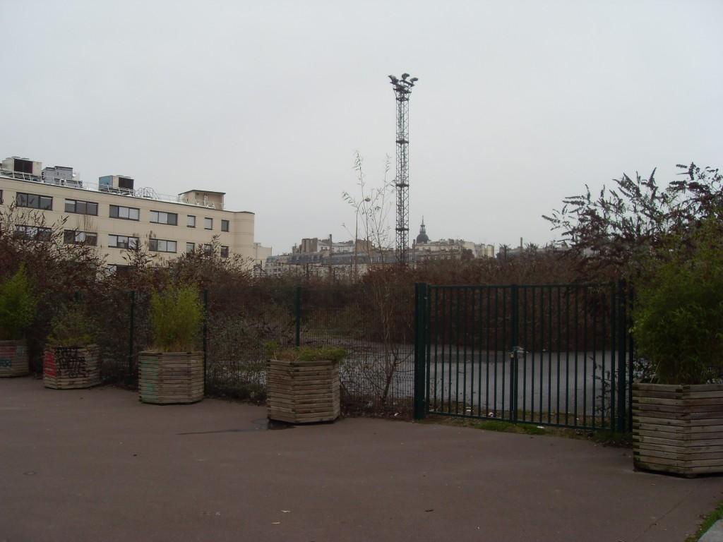 """Le """"gymnase"""" promis aux habitants de Bercy par les socialistes"""